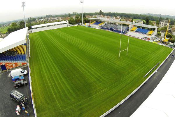 Le Stade du Pré Fleury change radicalement d'aspect, inauguration prévue le 12 octobre