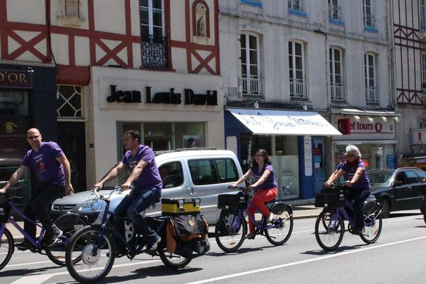 Le vélo de ThirtyOne31 dans les rues de Vannes