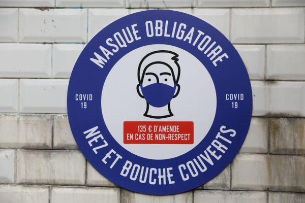 Les personnes ne portant pas le masque sont passibles d'une amende de 135 euros