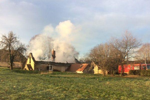 L'incendie s'est déclaré vers 7 heures du matin.