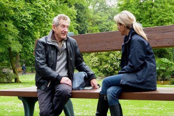 Sylvie Denis avec Gilles Clément l'architecte des jardins au jardin des plantes de Nantes