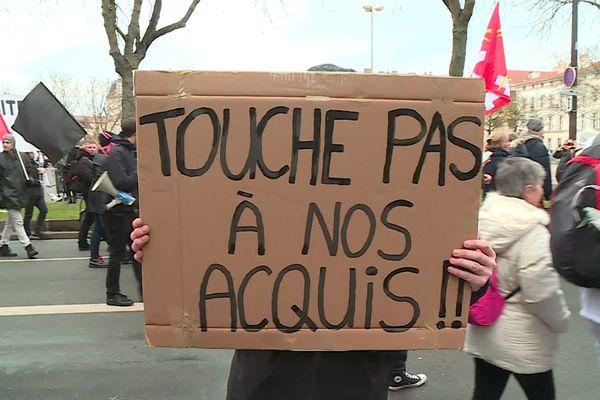 Des manifestants mobilisés en Lorraine.