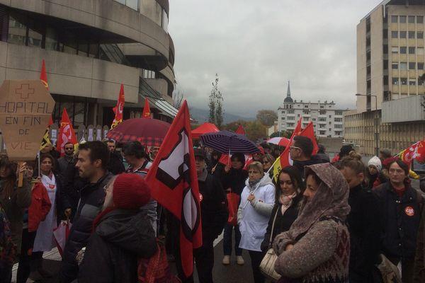 Rassemblement à Chambéry devant la Direction de l'hôpital