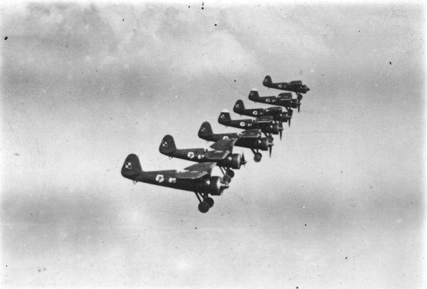 Une formation de chasseurs polonais PZL P.11 en 1939.