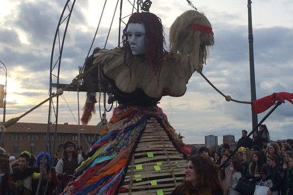 A Toulouse, la Reine Carnaval était une femme à deux têtes