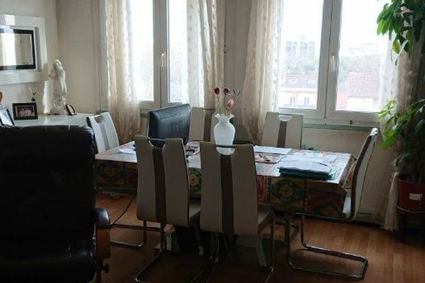 C'est dans cet appartement, dans le 8ème arrondissement, que la famille a passé près de 44 ans