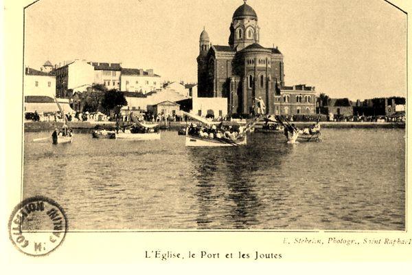 Inscrite à la Fédération Française de Joutes Nautiques Provençales, la Société des joutes de Saint-Raphaël maintient le flambeau la tradition.