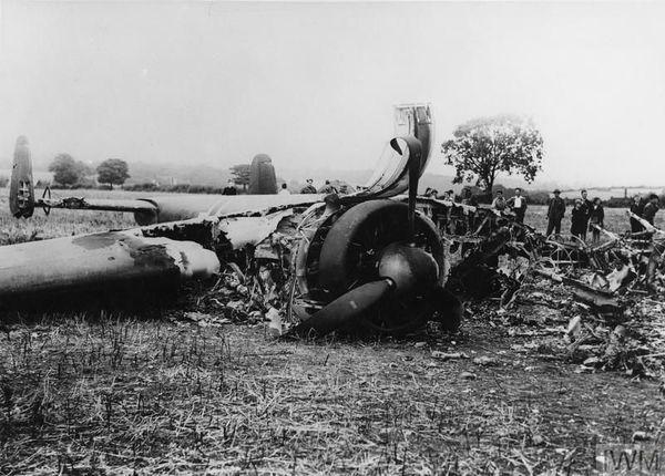 L'épave d'un Dornier allemand abattu le 18 août 1940 près de l'aérodrome de Biggin Hill, dans le sud-est de l'Angleterre.