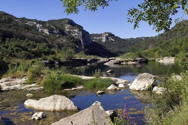 Illustration - Le Gardon, rivière située dans les départements du Gard et de la Lozère.