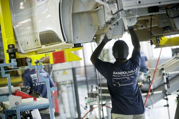 """Fermeture de Renault-Sandouville: une """"mauvaise"""" décision pour le gouvernement"""