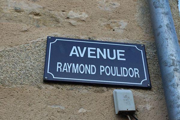 L'avenue Raymon Poulidor à Saint-Léonard-de-Noblat (Haute-Vienne)