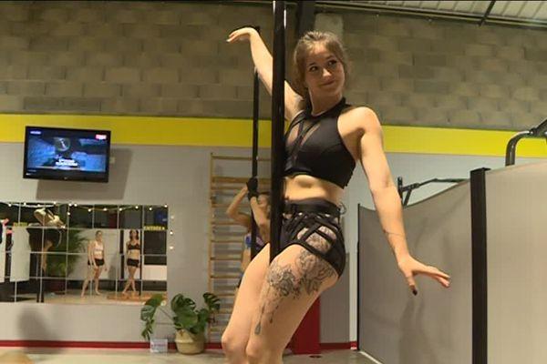 Jessica Douet, prof de pole dance