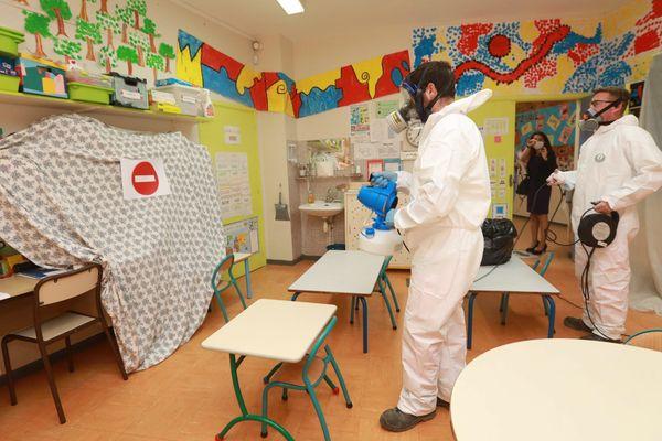 La désinfection des classes se termine dans la plupart des écoles de la région.