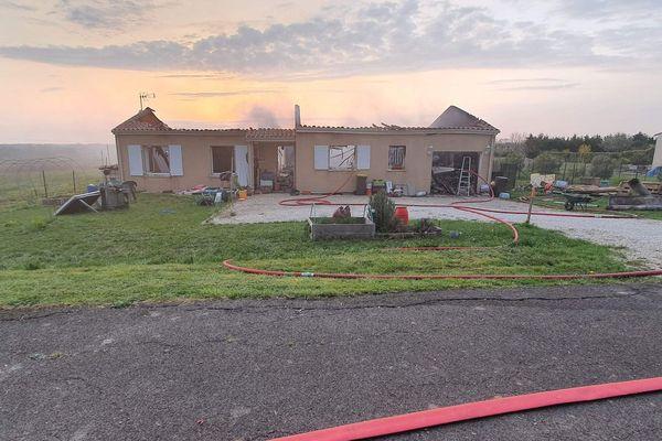 Il ne reste plus grand chose de la maison de la famille Mignon à La Houlette (16)