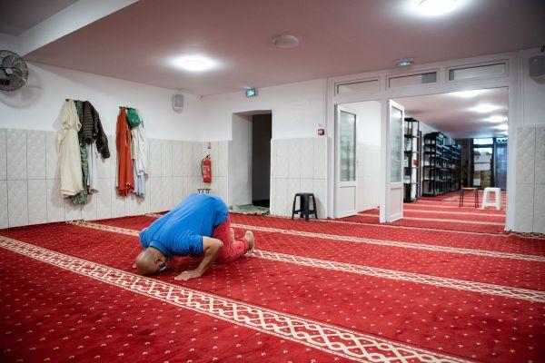 Prière à la Mosquée Tahara à Marseille en mai 2020.