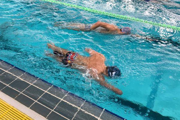 Théo Curin à l'entraînement dans le bassin de Font-Romeu