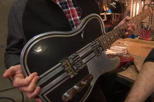 Une des guitares conçue par Bertrand Dufour dans son petit atelier de Semur-en-Auxois (21)