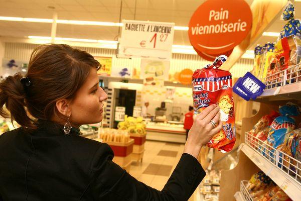 La plupart des supermarchés ont été ouverts le dimanche matin pendant le confinement.