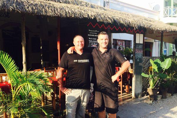 Originaires d'Orléans, Alex et Clément ont ouvert un restaurant à Majunga