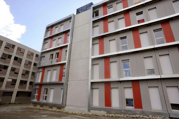 Le DAL demande notamment à ce que ces étudiants puissent accéder aux logements inoccupés du CROUS.