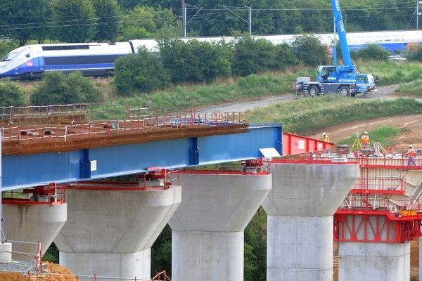 """La construction de la LGV """"Limoges Poitiers"""" verra-t-elle le jour comme la ligne """"Bretagne-Pays de Loire"""" ?"""