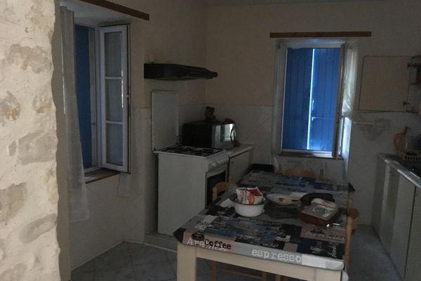 -Exclusif- Intérieur de la maison de Nieul-sur-Mer