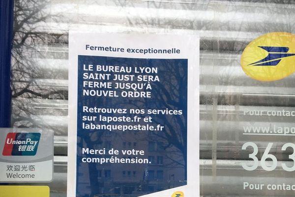 Lyon 5, le bureau de poste de la place Trion est fermé jusqu'à nouvel ordre...  17/3/20