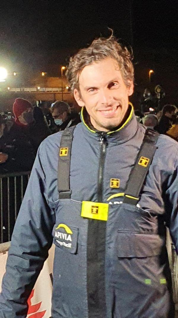 Charlie Dalin sur les pontons du Vendée Globe, le 27 janvier 2021