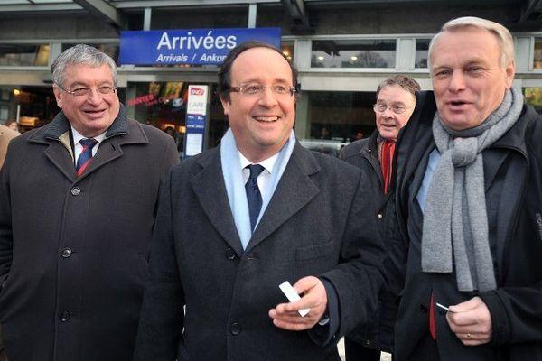 Jacques Auxiette en campagne lors des dernières régionales avec Jean-Marc Ayrault et François Hollande
