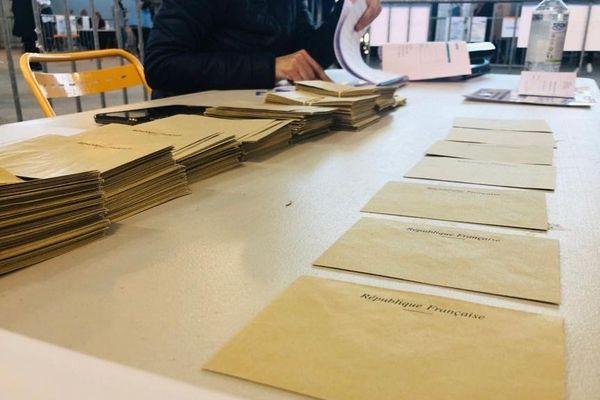Elections municipales, opérations de vote en Provence-Alpes-Côte d'Azur.