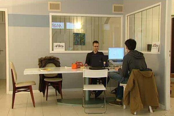 Une quinzaine de travailleurs indépendants fréquente régulièrement le nouvel espace de coworking de Nîmes.