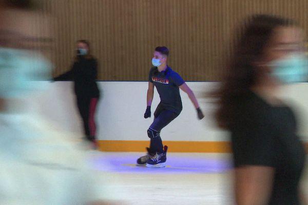 9 Juillet 2020 – Les patineurs sont de retour sur la glace de la patinoire de Louviers