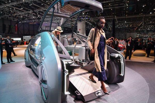 Le concept car EZ-GO de Renault, présenté au Salon de l'Auto de Genève, en mars 2018.