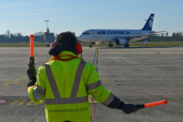 Air Corsica organise un pont aérien avec 87 vols, entre l'aéroport de Bastia-Poretta et le continent