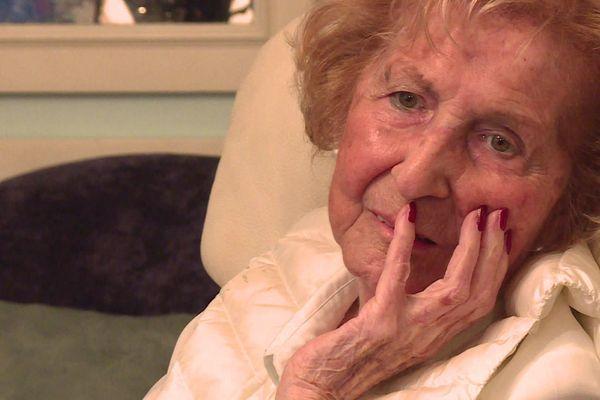 Déportée à l'âge de 16 ans, Juliette Ravouna-Hasson avait survécu à l'enfer d'Auschwitz. Elle s'est éteinte à l'âge de 93 ans entourée des siens. (archives janvier 2020)