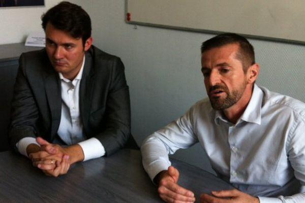 Aimeric Ramadier, secrétaire général de la plateforme et François Bourrasse, directeur du site de Total La Mède (à droite)