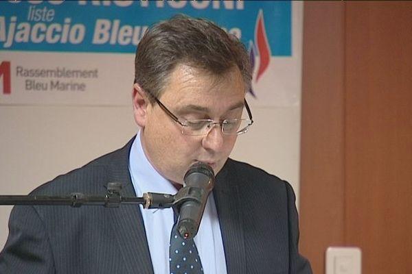 José Risticoni, candidat FN, aux élections municipales d'Ajaccio. Ici en meeting, le 20 mars 2014