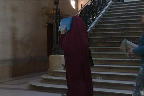 Ahlam El Addad, au palais de justice à Paris