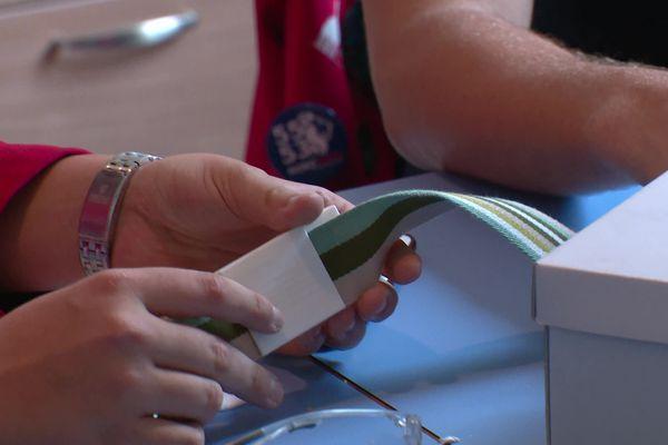 L'équipeRobo' Lyon du lycée notre dame de bellegarde de Neuville sur Saône a remporté la finale de la FIRST (ligue américaine de Robotique). Ils ont inventé une ceinture pour que les malades atteints de Parkinson puissent marcher.