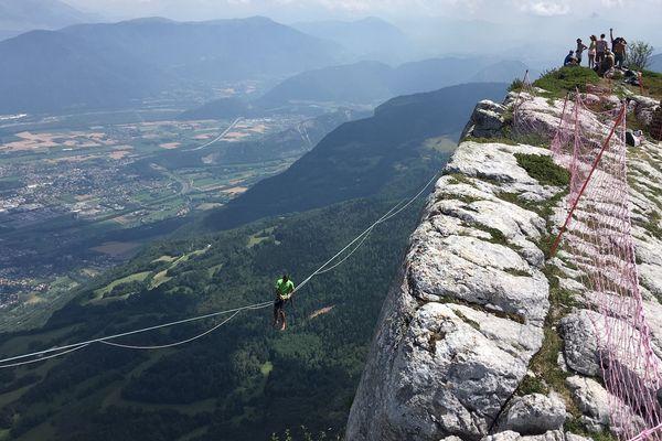 Isère : Lans-en-Vercors accueille le plus grand rassemblement européen de highline