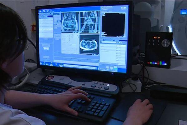 Avril 2019- Consultation de dépistage de l'endométriose au centre hospitalier de Lillebonne (Seine-Maritime)