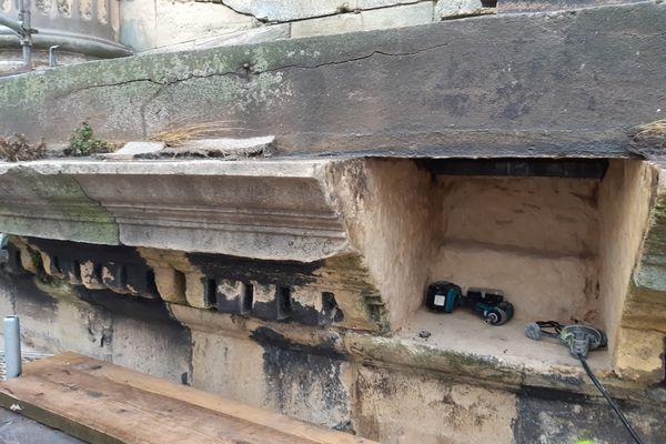 Tailleurs de pierre, maçons, maîtres verriers mais aussi restaurateurs de béton armé