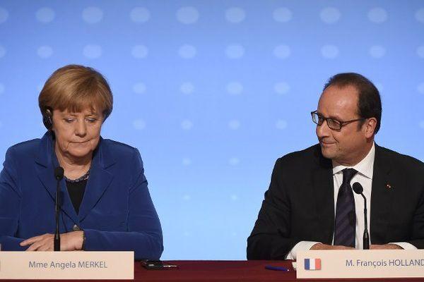 Angela Merkel et François Hollande lors du sommet sur l'Ukraine le 2 octobre dernier à Paris.