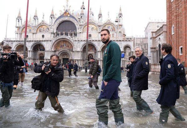 Le goal de l'équipe d'Italie de football Gianluigi Donnarumma à Venise.