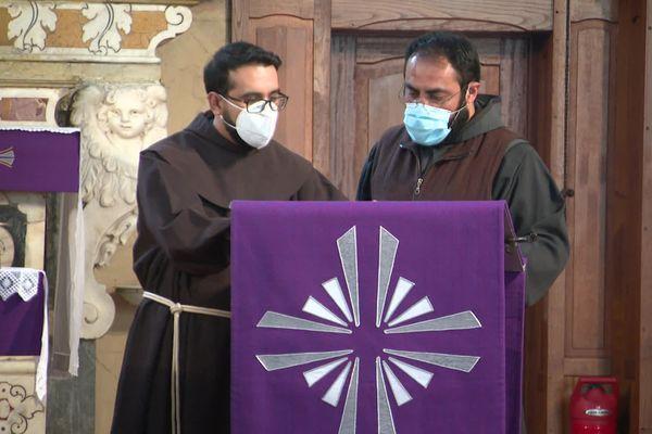 Les deux derniers Franciscains du couvent de Sartène sont rappelés au Mexique. Date de départ : le 13 juin prochain.