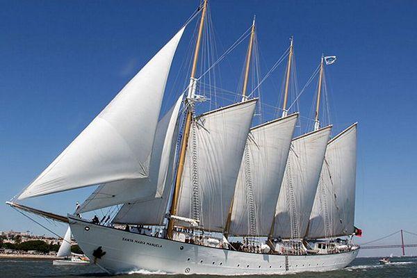 """Le quatre-mâts goélette Santa Maria Manuela partira de Barcelone le 20 mars pour rejoindre les plus beaux bateaux traditionnels et grands voiliers attendus du 22 au 28 mars 2016 à Sète pour la fête des traditions maritimes """"Escale à Sète""""."""