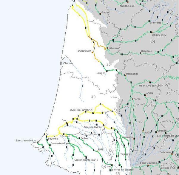 Point de situation lundi 25 novembre 2019 milieu de matinée. En orange, la Dordogne et la Garonne avec risques de débordements en fin de journée.