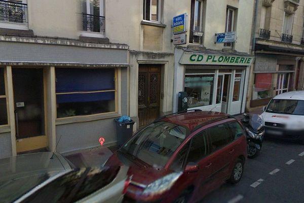 L'interpellation a eu lieu rue Jeanne-d'Arc à Saint-Mandé, dans la banlieue est de Paris.