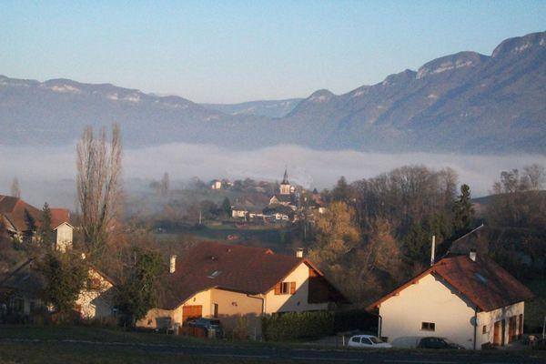La petite commune de Traize en Savoie