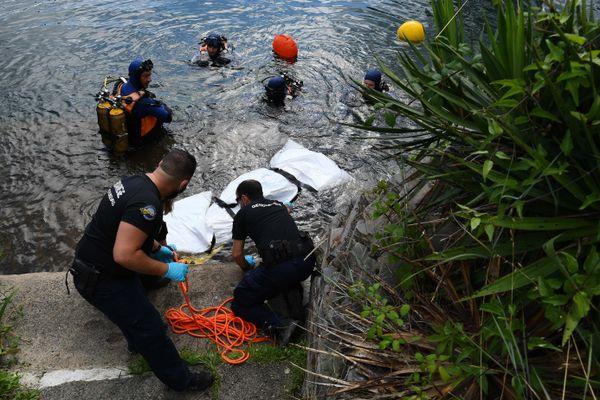 Les gendarmes plongeurs s'entraînent à réagir en cas de noyade criminelle ou accidentelle.